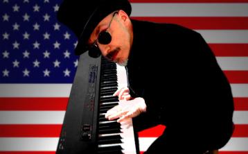 FTF-Neal-Piano-Flag Thumbnail
